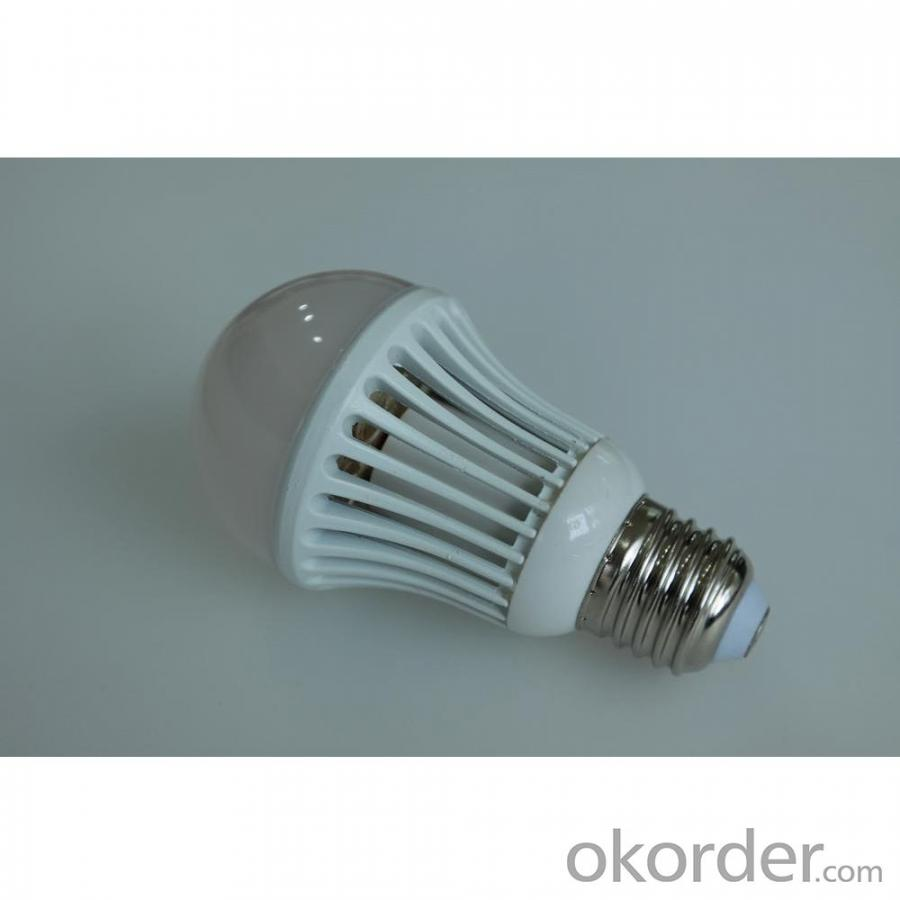 Epistar SMD 2835 LED Bulb Light Aluminum Radiator E27/E26 7W