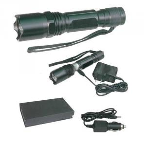 Rechargable Zoom Focus High Quality CREE LED Flashlight