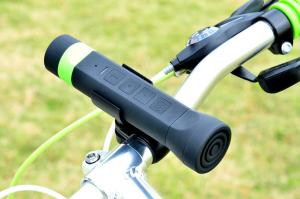 Portable Bluetooth Stereo Speaker Outdoor Bike Speaker With Power Bank Led Torch
