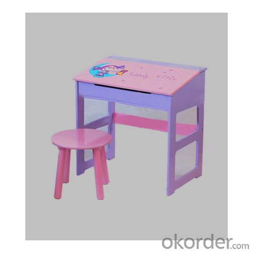 pink children table