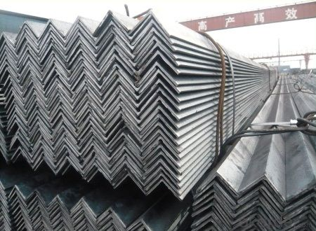 GB Q235 Steel Angle with High Quality 45*45mm