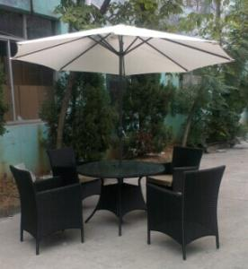 Outdoor umbrella for beach or garden