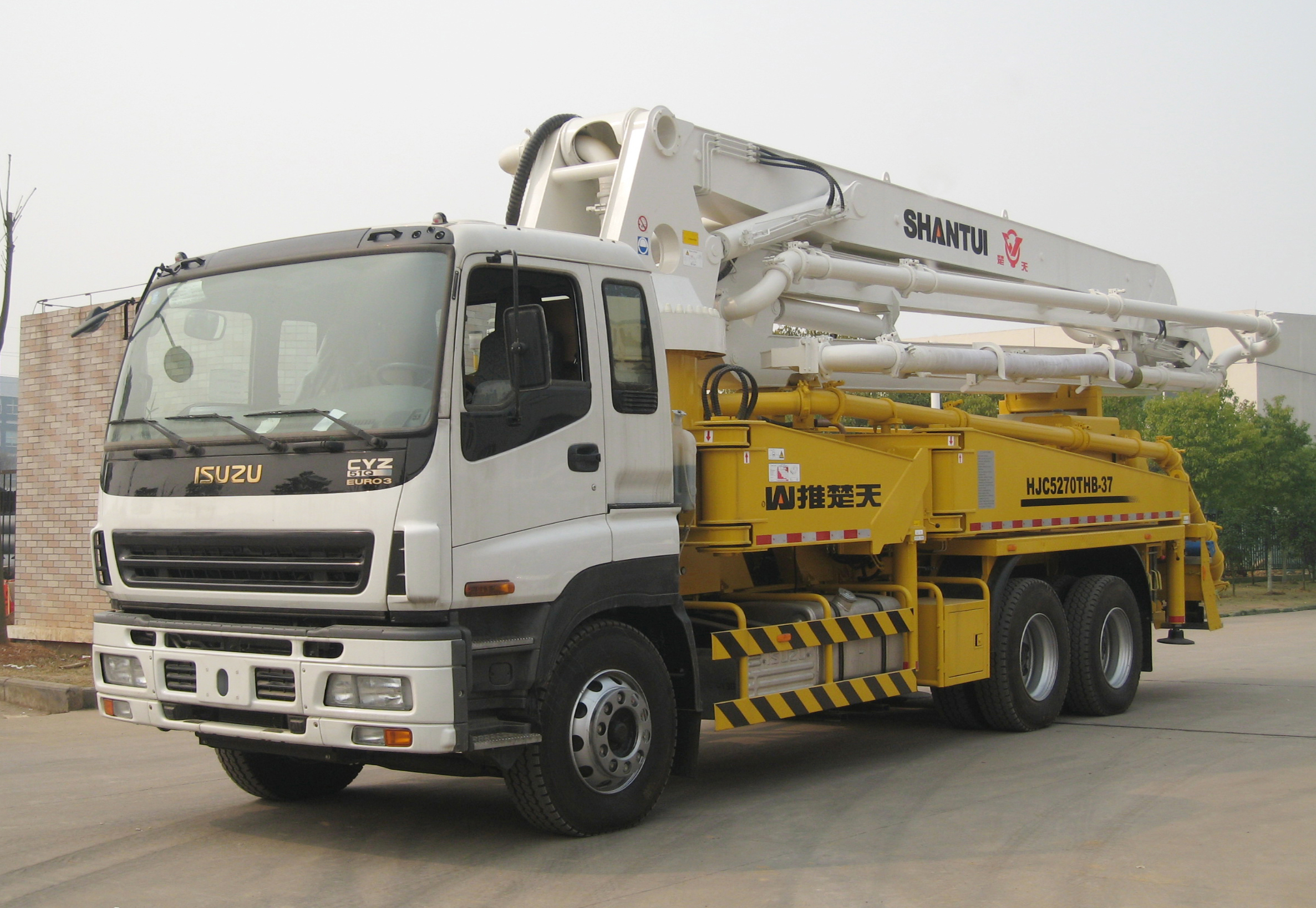 SHANTUI Truck-mounted Concrete Pump-37m