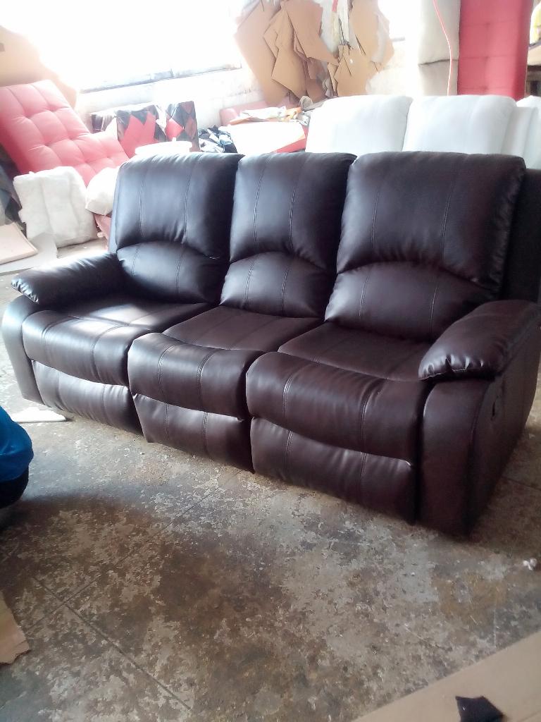 Manual recliner leather sofa set 8387