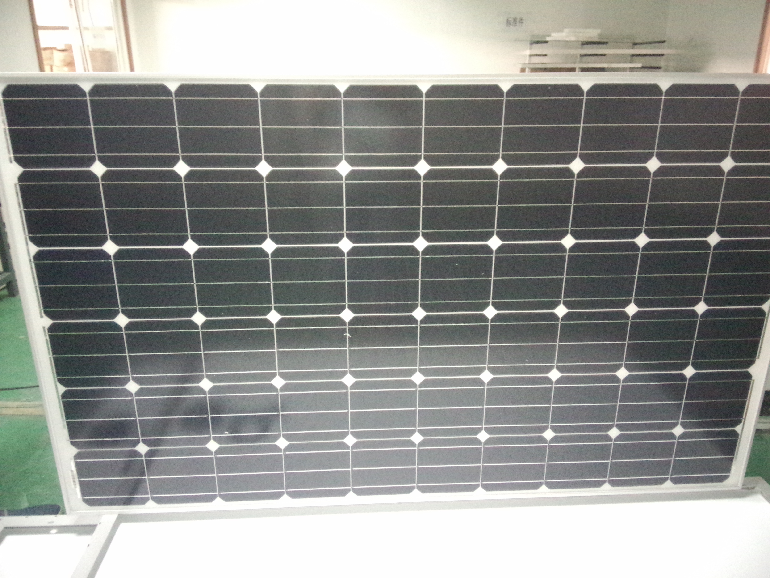 soalr panel (140w poly) with TUV and UL Certification in China
