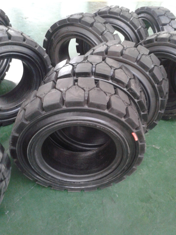 Industrial Forklift Solid Tyres 28*9-15
