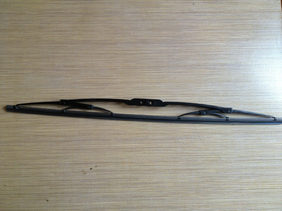 conventional frame wiper blade