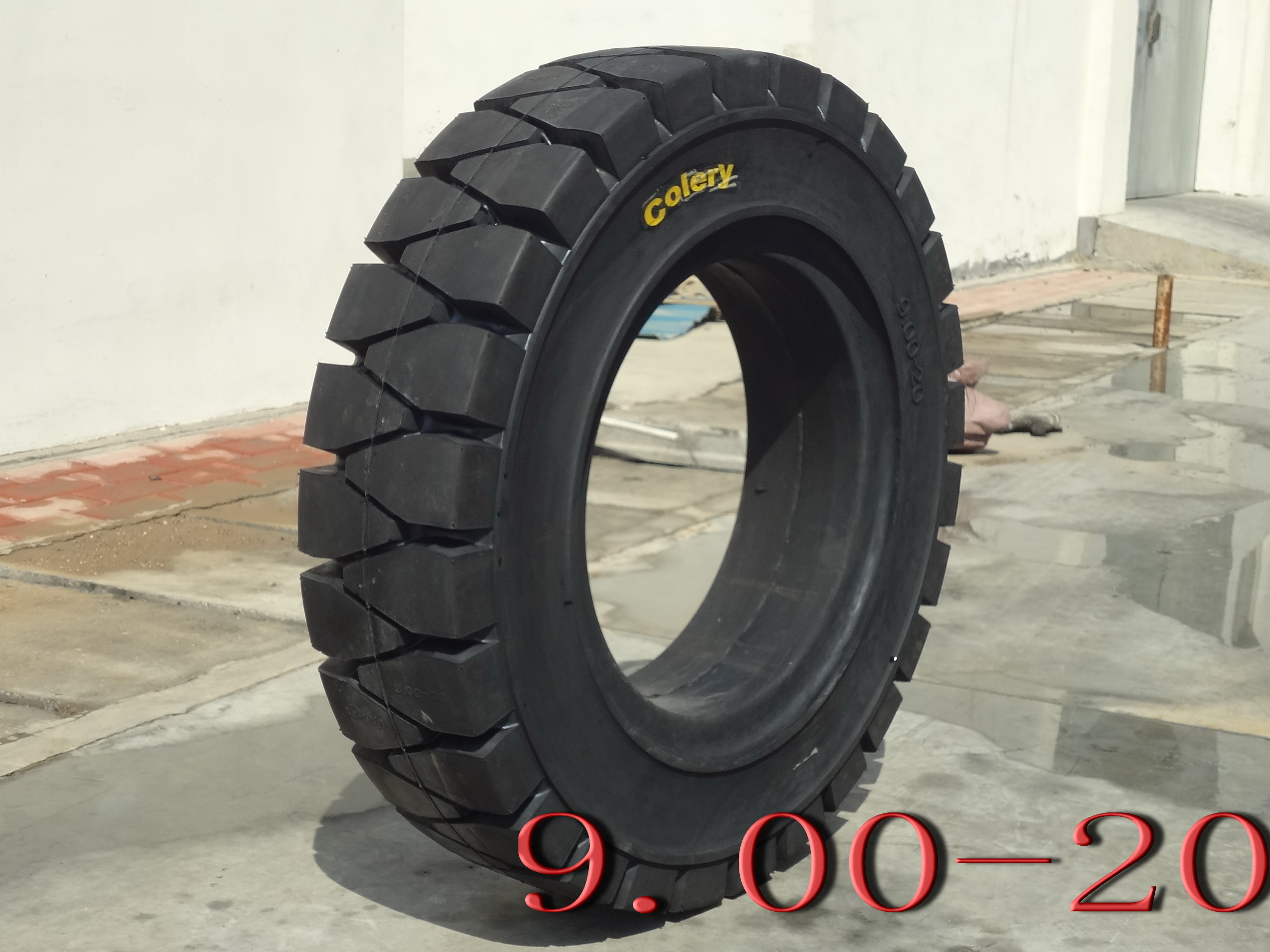 Forklift Solid Tyre-9.00-20
