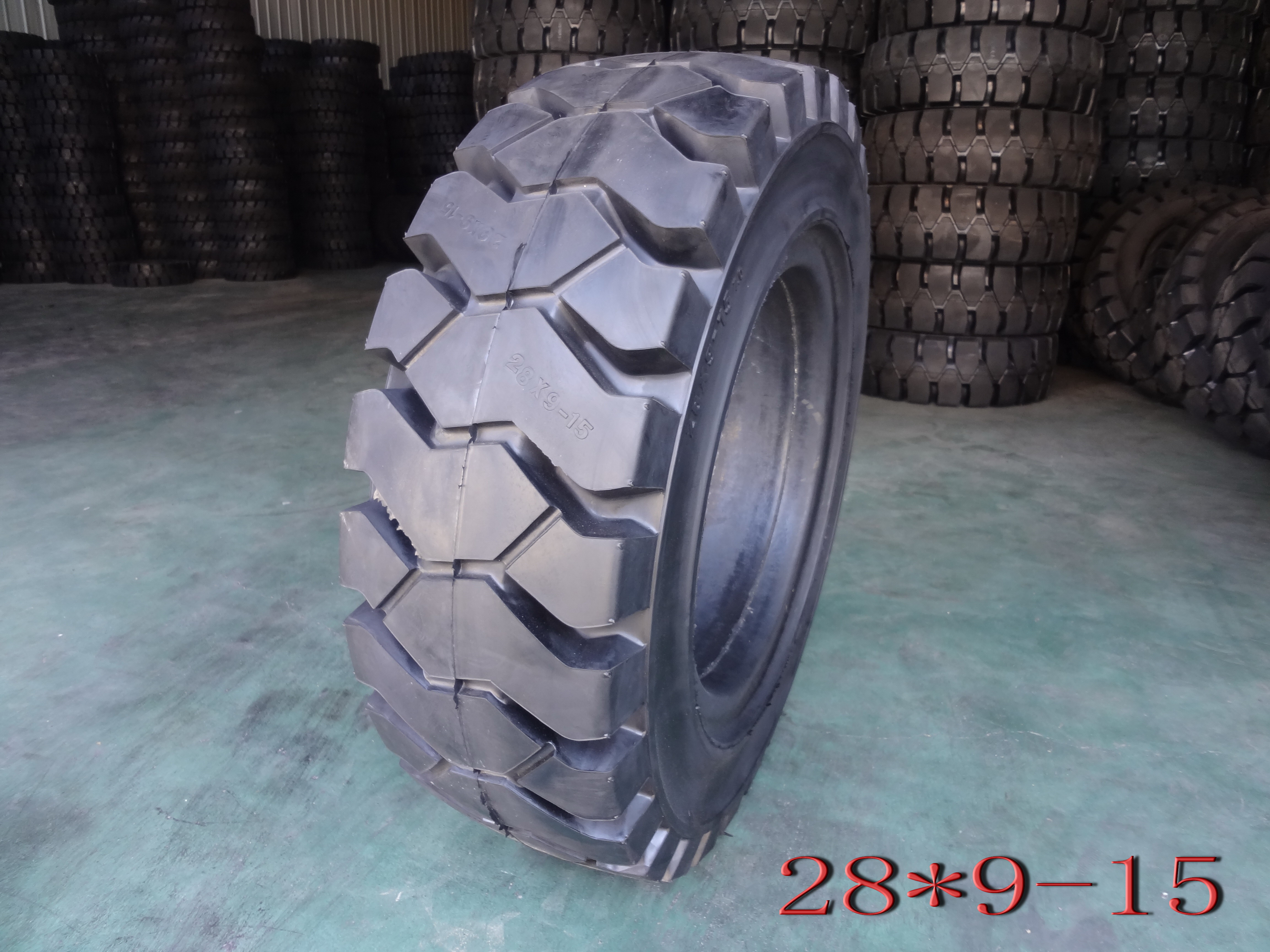 Forklift Solid Tyre---28*9-15