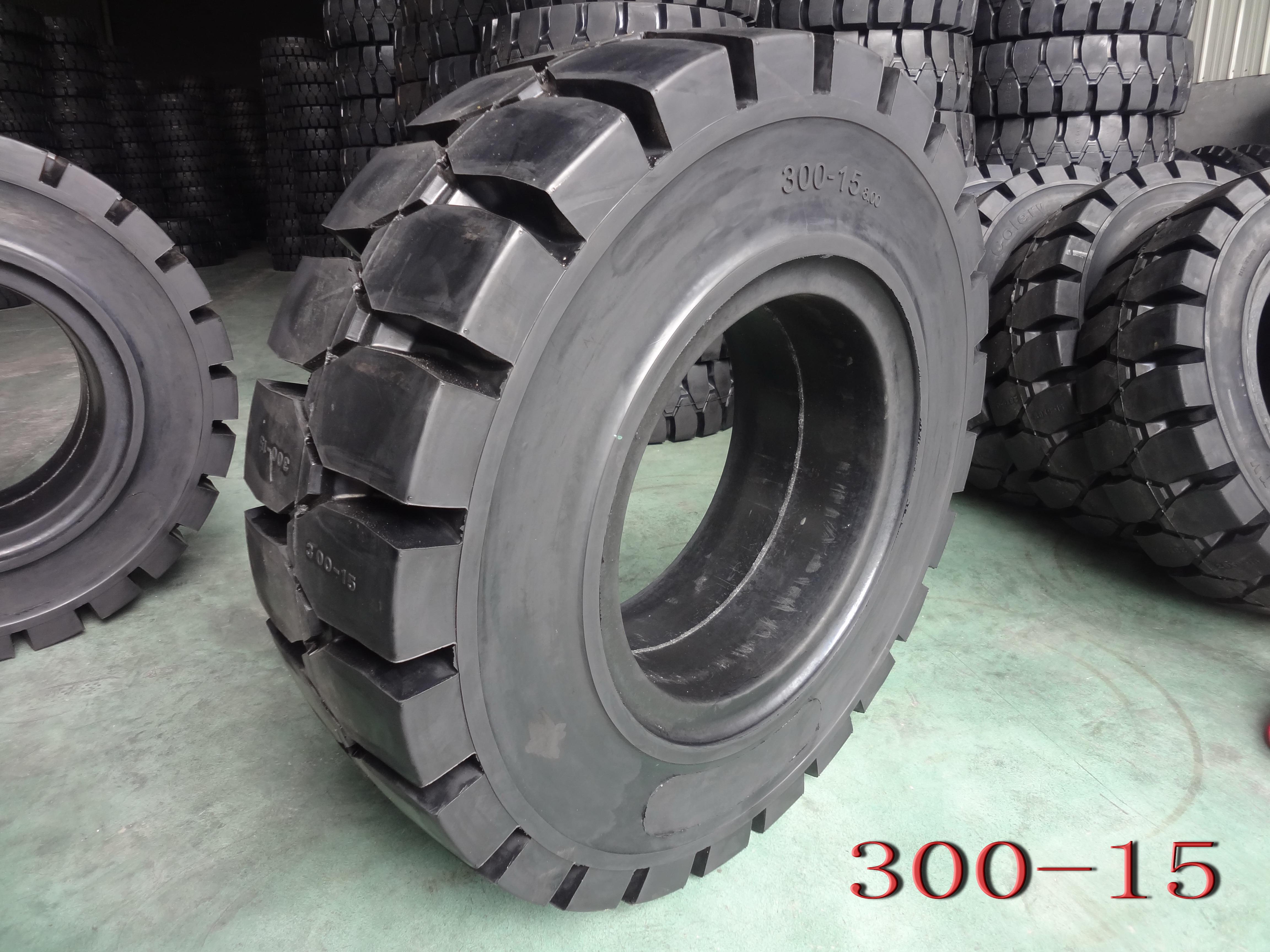 Forklift Solid Tyre-300-15