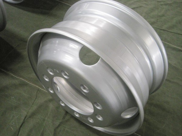 tubeless steel wheel 22.5*9.00 with good quality
