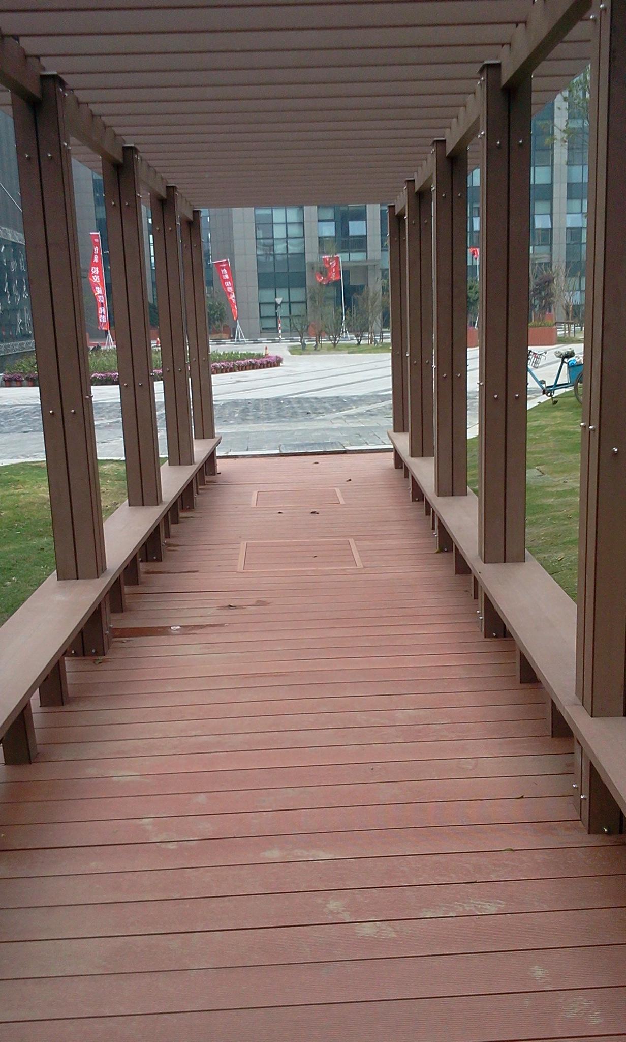 wood plastic composite outdoor decking