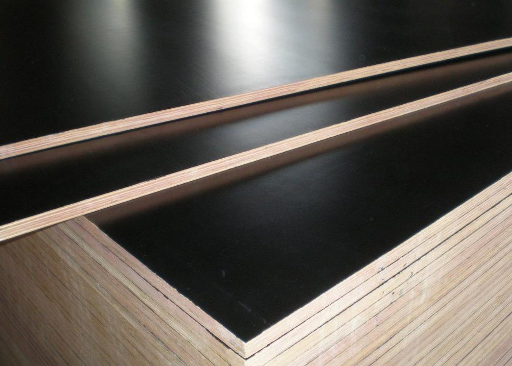 phenolic film faced plywood manufacture