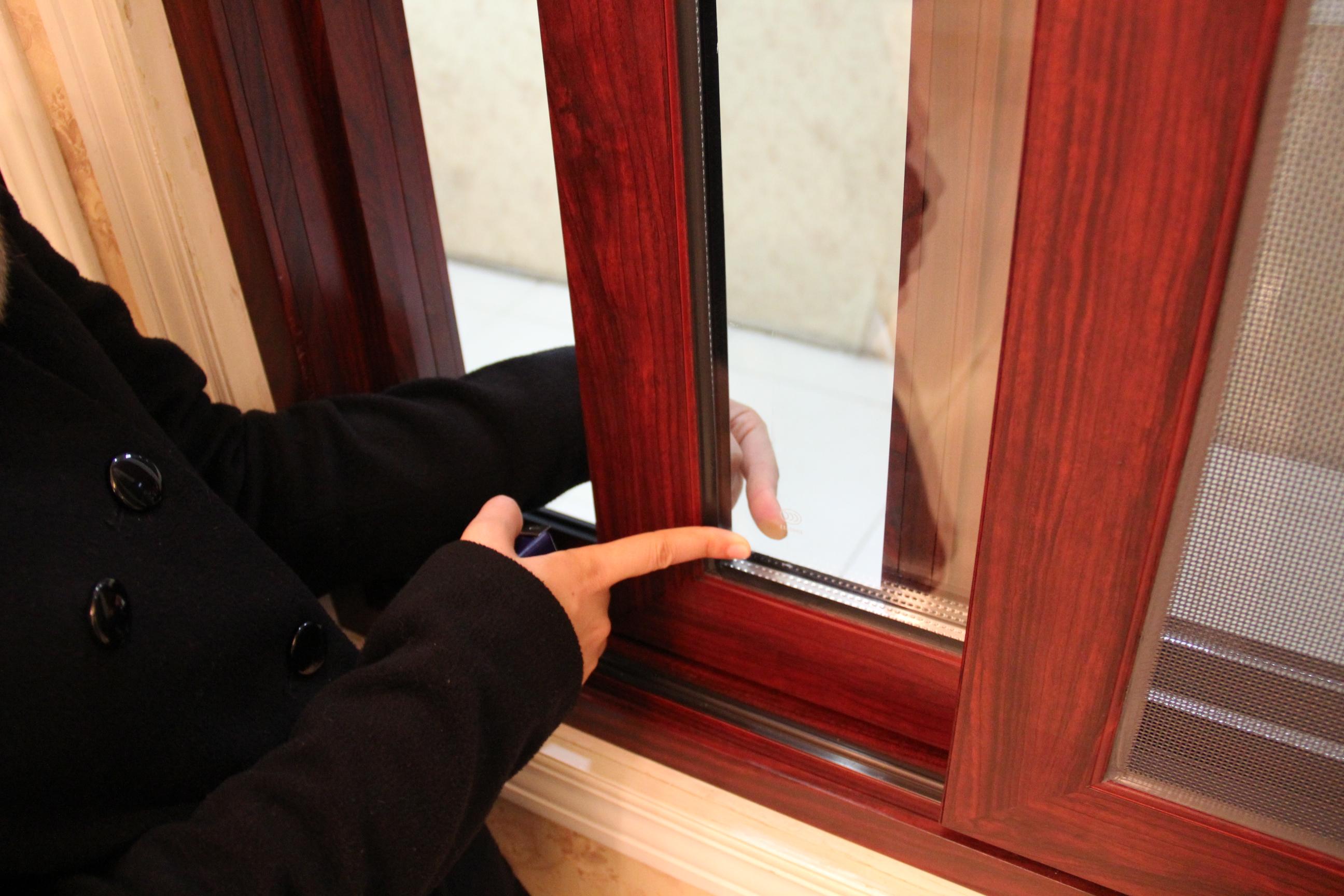 Guangxi factoty produce aluminum frame sliding window
