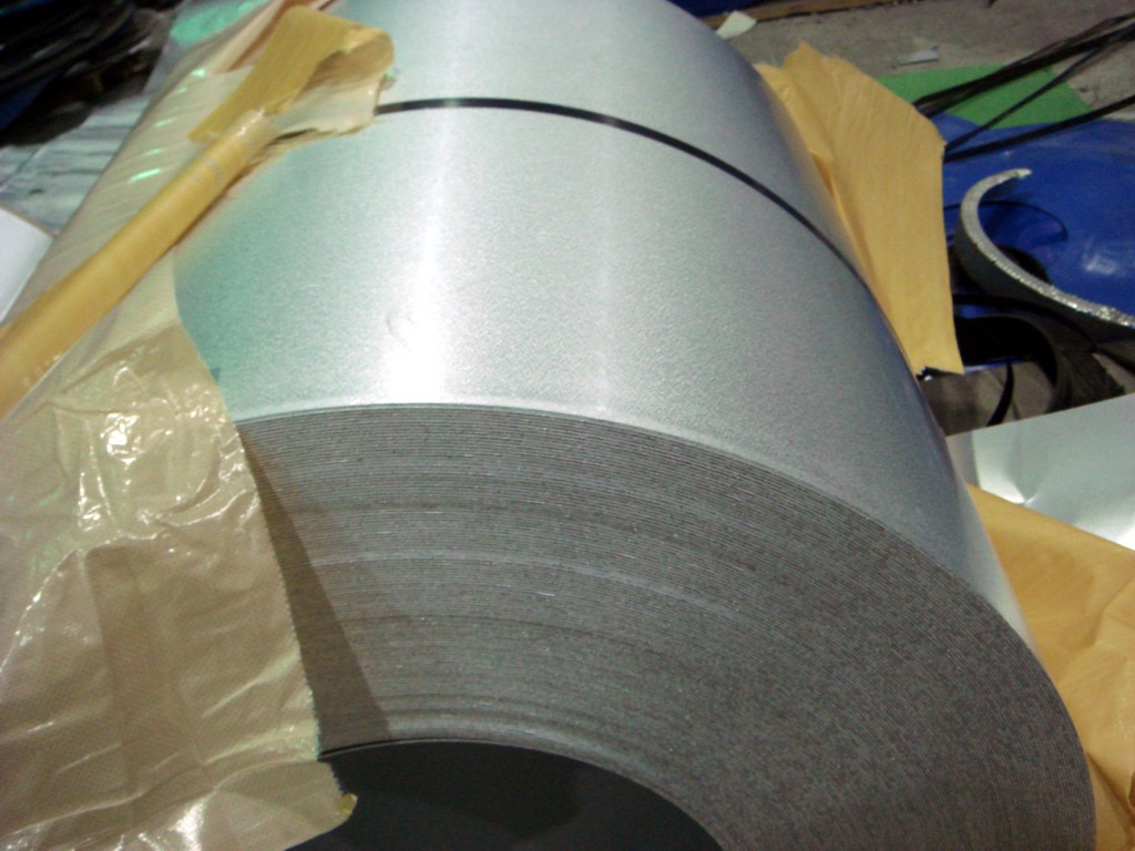 PRIME QUALITY HOT-DIPPED GALVANIZED STEEL COIL