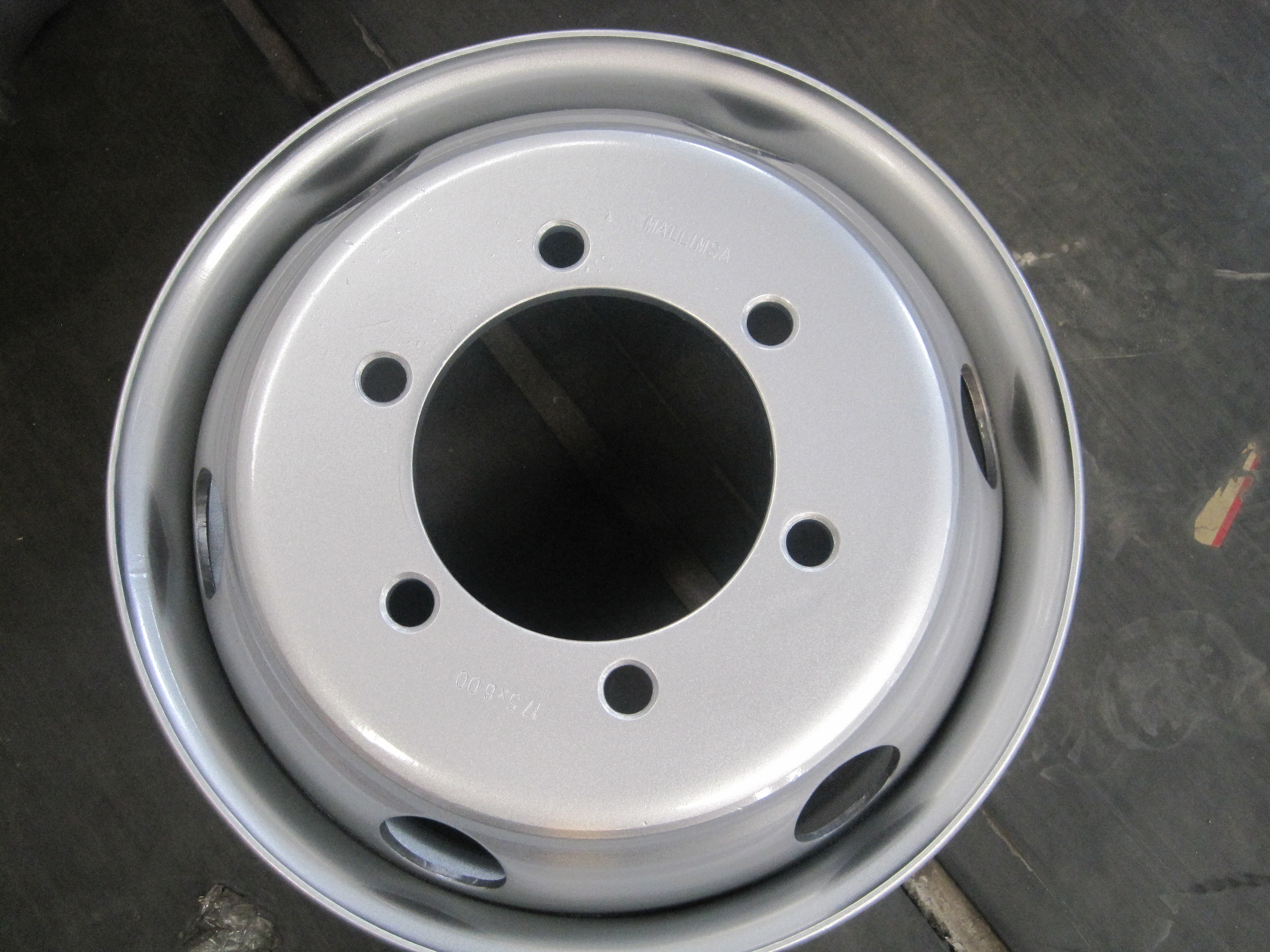 High quality steel wheel 17 .56x6.75
