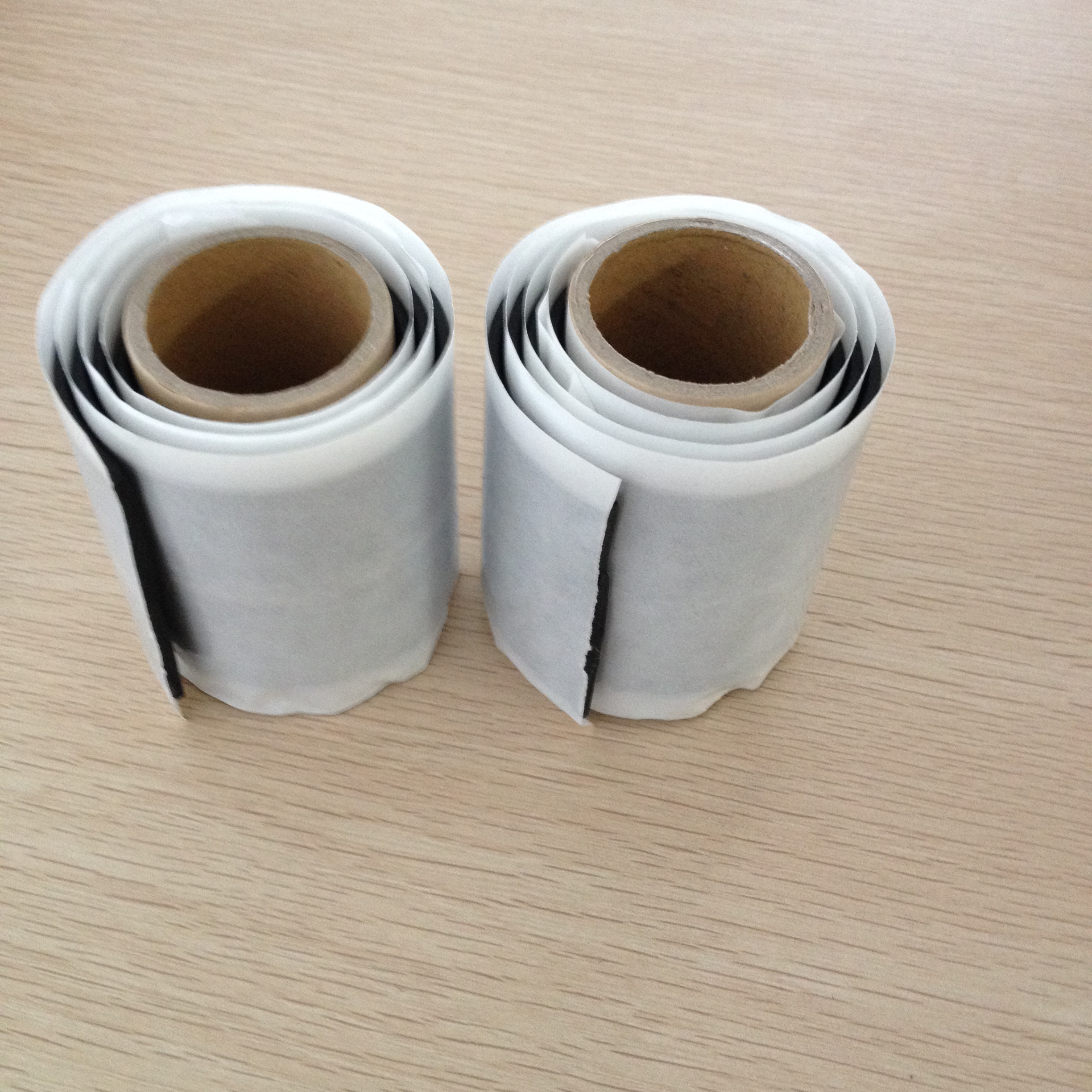 Self-adhesive double sided butyl rubber tape