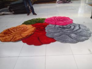 Flower Shape 3D Design Polyester Shaggy Carpet