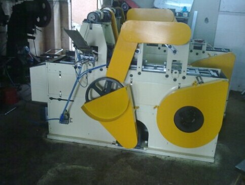 Automatic and Efficient Servo Feeder For Making Cans