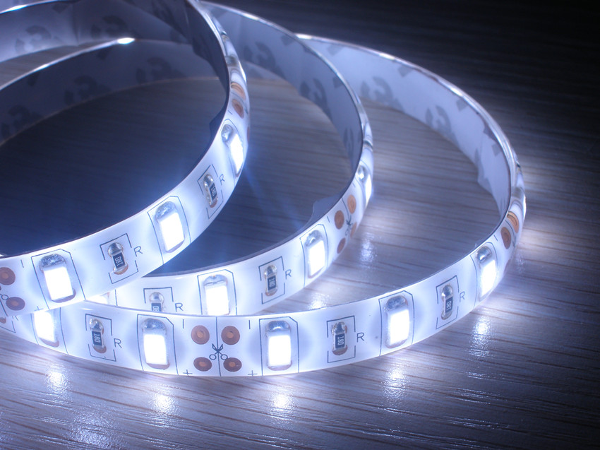 High qulity SMD 5630 flexible LED strip SUMSUNG Epistar chip LED strip