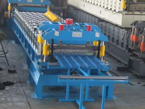 colour coated roofing sheet machine
