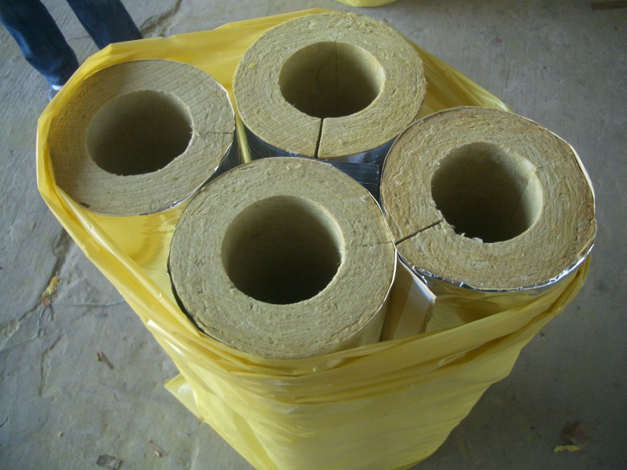 Rock wool pipe-2