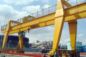 Double girder construction portal crane for sale 30t