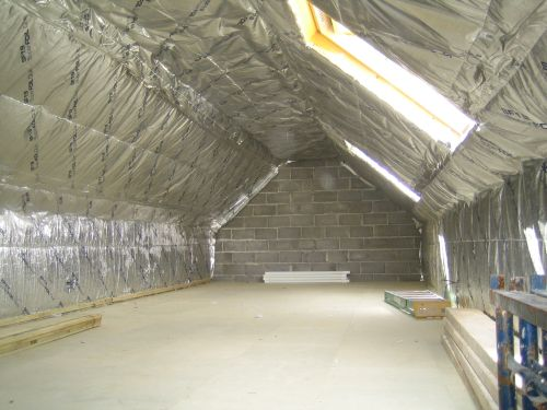 Medium Duty Wall Wrap or Roof Sarking For Energy Saving