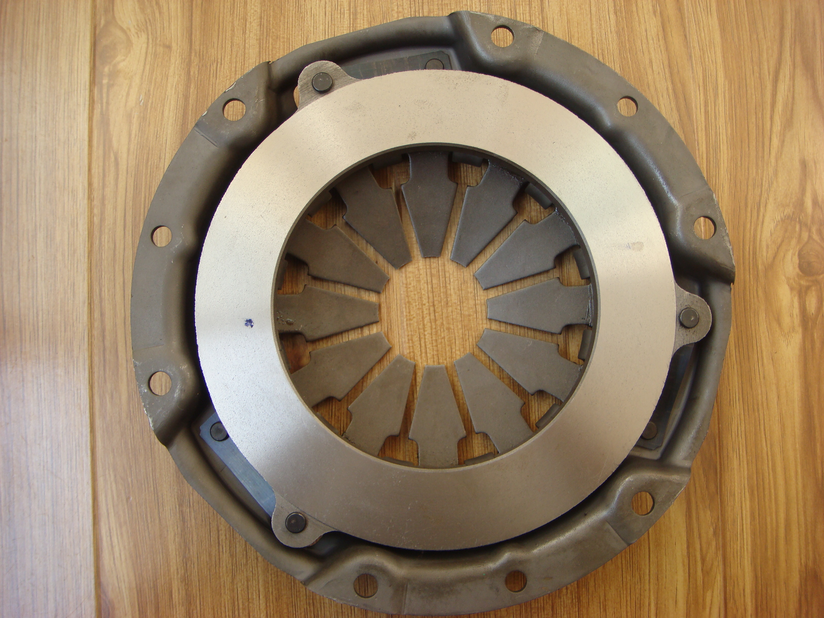 Clutch Disc for NIS 1400 LDV 85- 3 019 VL8 00B 1 019 V05 60B TK40-4A