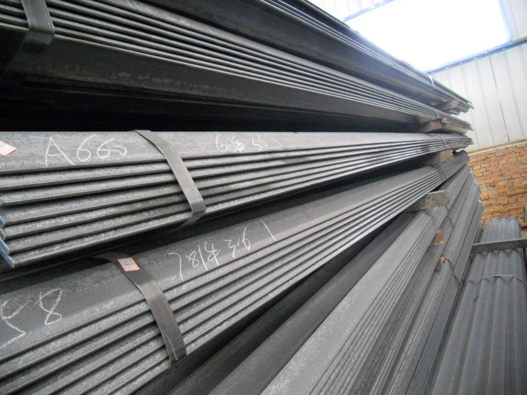 High Quality Steel Angle Bar, Angle Steel from China