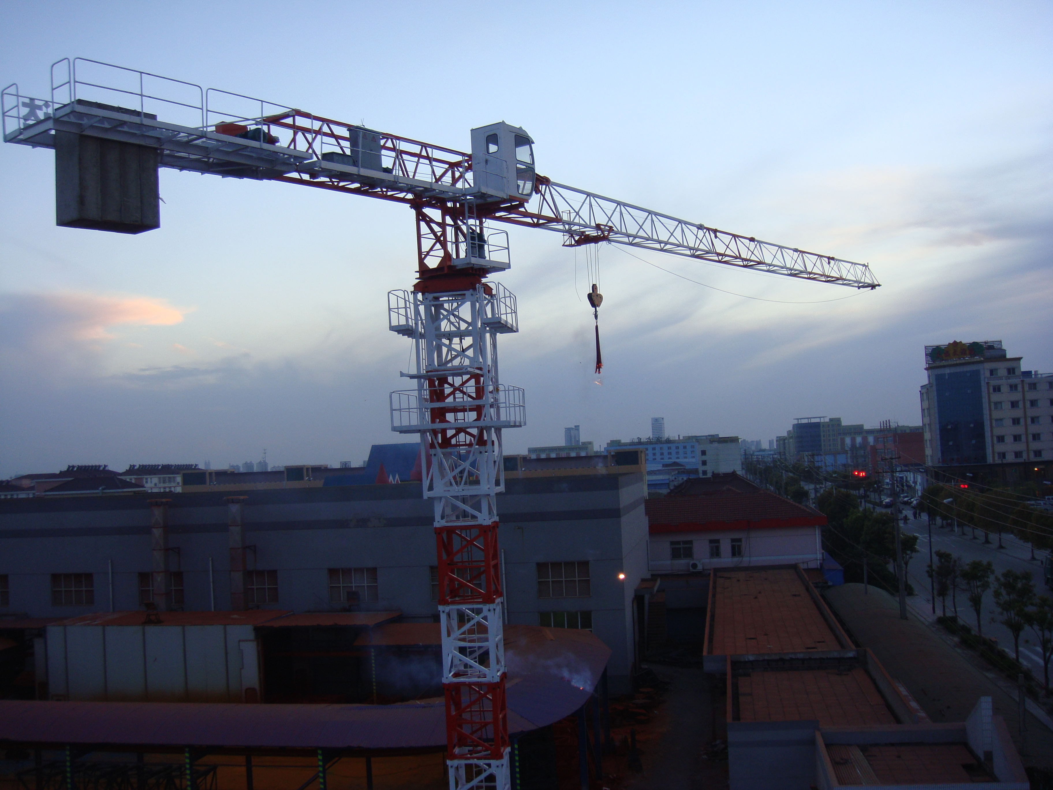 SCHONER BRAND TOPLESS TOWER CRANE SLP5013A