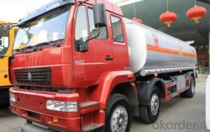 HOWO FUEL TANK TRUCK DEEP RED