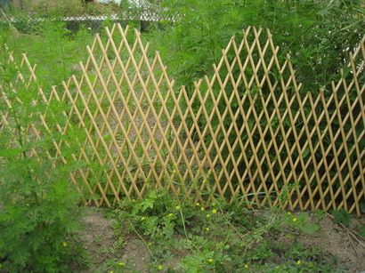 WILLOW EXPANDING GARDENING WALL PANEL