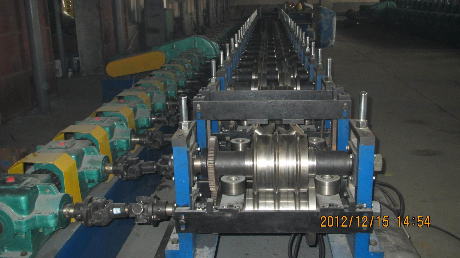 Stereo garage side beam plate production equipment