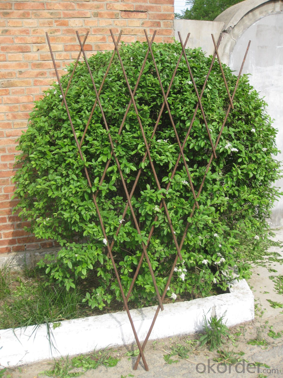 WILLOW EXPANDING GARDEN DECORATION