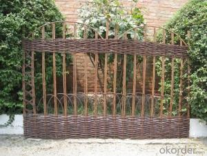 WILLOW DOOR NATURAL WOVEN FENCE SCREEN