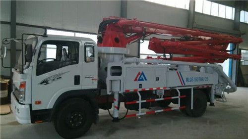 Truck mounted Concrete Pump  24m