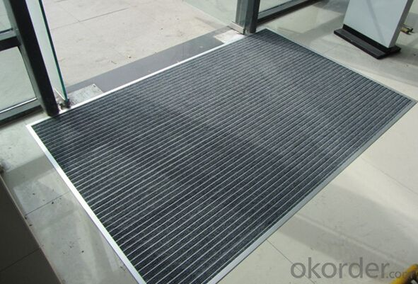 Durable entrance flooring, entrance carpet
