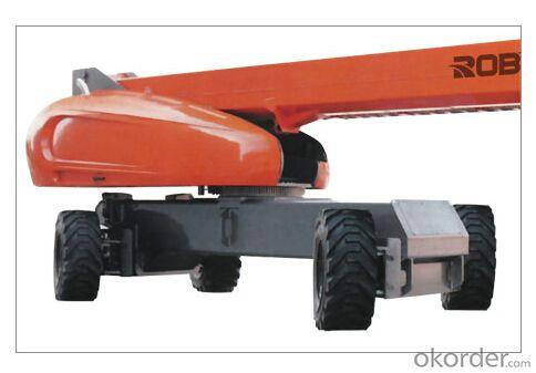 Self-propelled straight boom lift - 30/32 meters