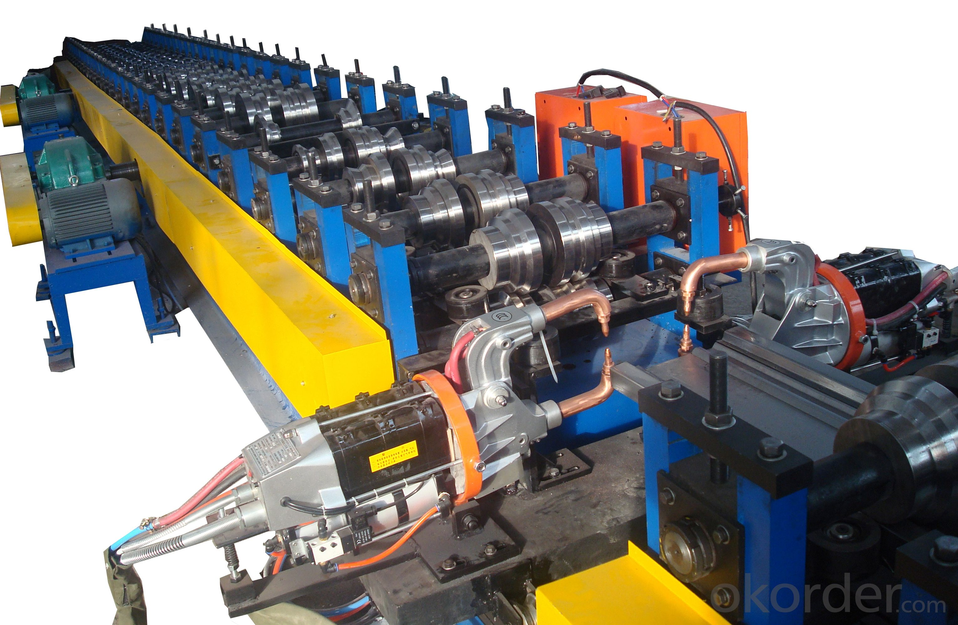 Production equipment of automobile carrige plate