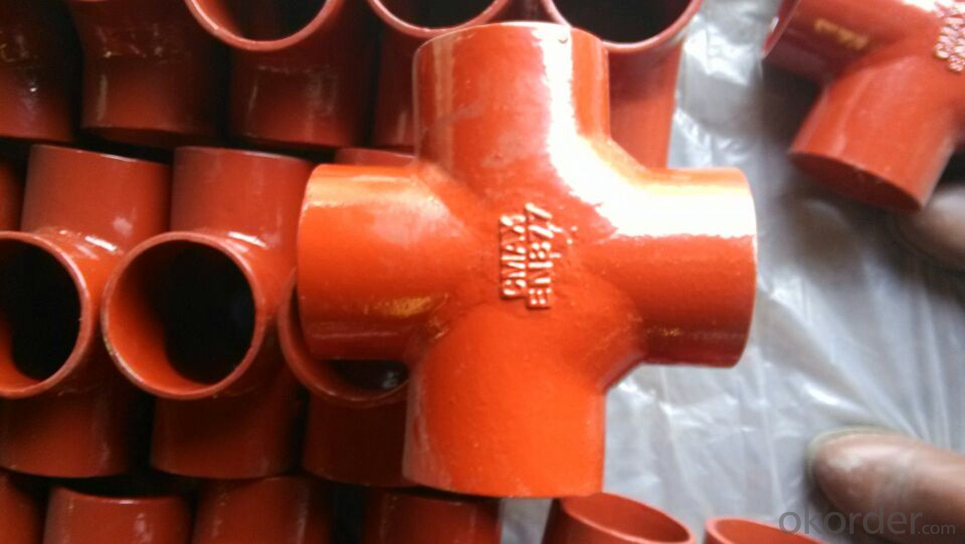 CAST IRON FITTING EN877