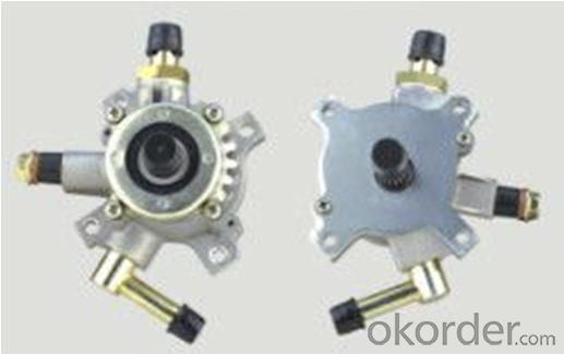 Quality Toyota 4WD Parts: Vacuum Pump, OE Number: 29300-54140