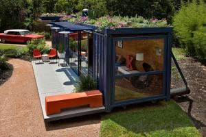 Prefabricated shipping containers 20ft and 40ft, family luxury holiday house