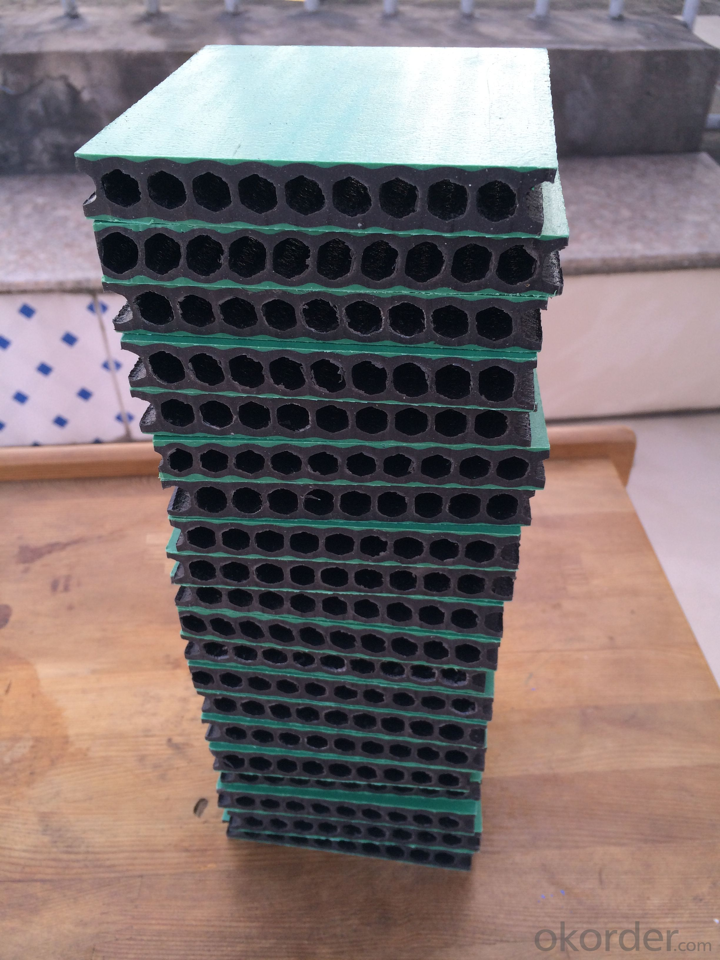 hollow plastic construction formwork