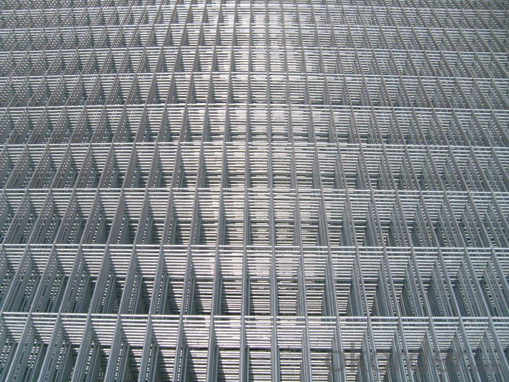 Hot Dipped Galvanized Electric Welded Mesh
