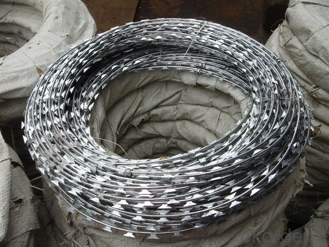 Electro Galvanized Razor Barbed  Wire