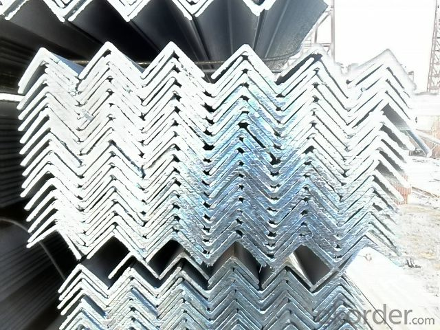 Hot Rolled Steel Angle Bars in Grade Q235