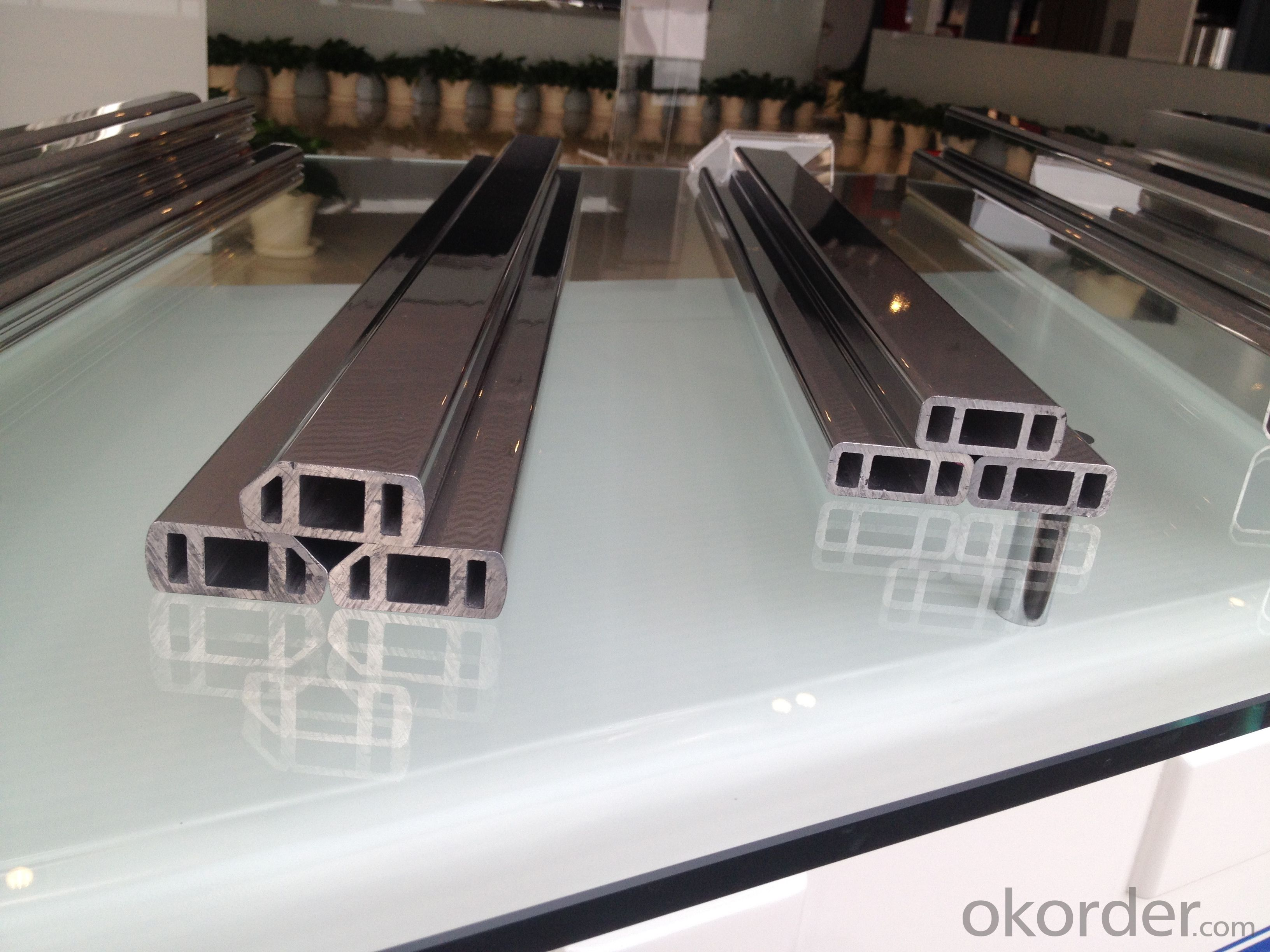Aluminum profiles for machinery