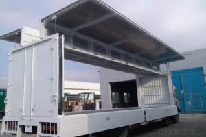 Insulated fiberglass sandwich panels for truck