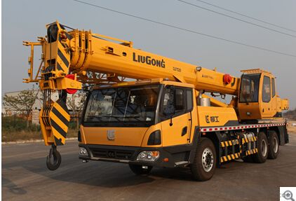 TRUCK CRANE TC200, Comfort and Safety,Easy to Maintain